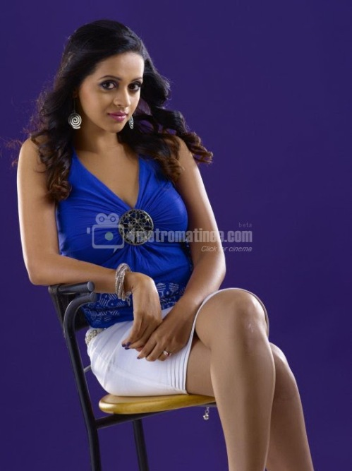 Aruna shields hot photoshoot celebrity