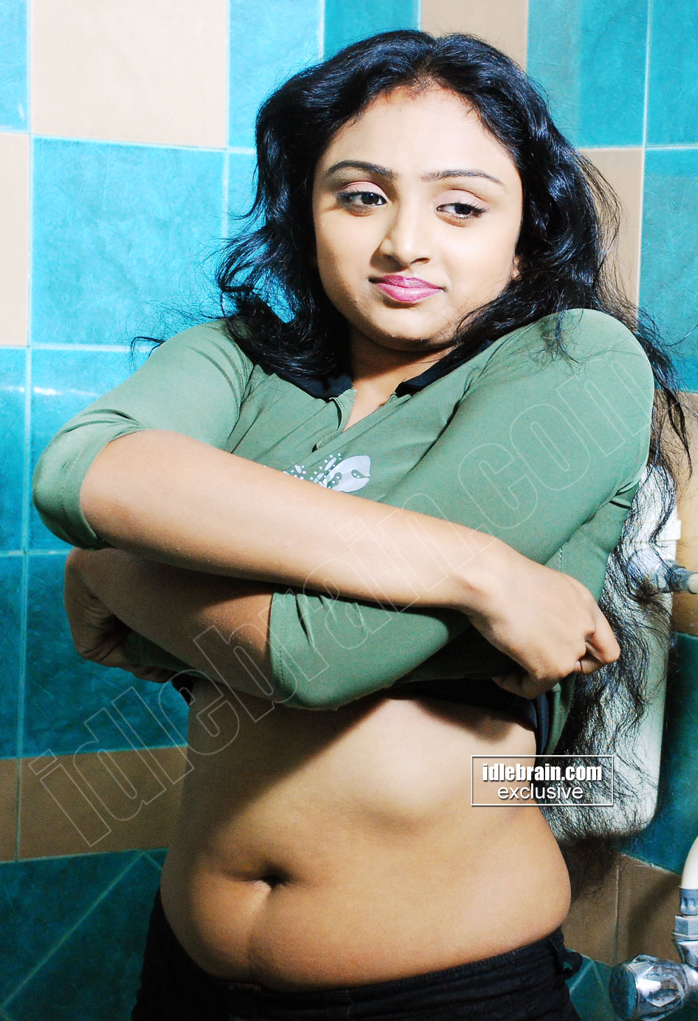 actress navel tamil vahida telugu shirt showing removing film jeans anagarigam movie malayalam serial south actresses latest unseen spicy sparkling