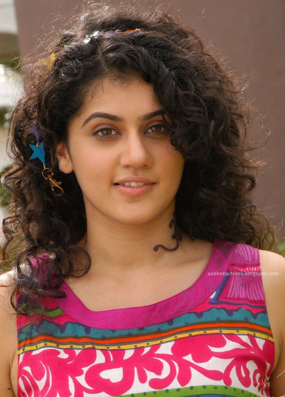 Hot And Cute Photo Gallery in Saree and Modern Dress From Mr.Perfect