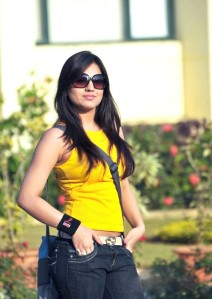Cute actree Aksha new Yellow dress pics from Ade nuvve sexy stills