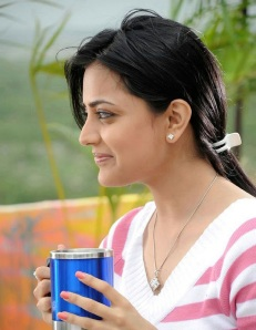 Nisha Agrawal sister of Kajal Agrawal wallpapers