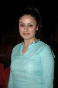 sonia agarwal spicy shoot photo gallery