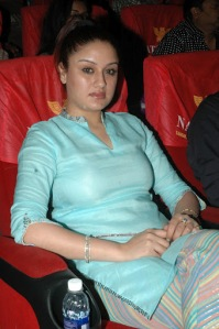 sonia agarwal spicy shoot actress pics