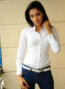 Actress Rithika Photos Naaku O Loverundi Actress unseen pics