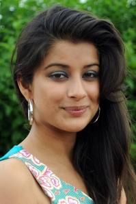 Saradaga Kasepu Actress Madhurima new pics gallery pictures
