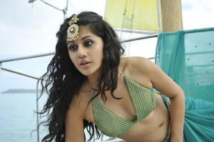 Tapasee Spicy Navel ShowTapasee Hot Navel Show gallery pictures
